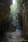 洞窟に射し込む光-ヌドゥクビアブ
