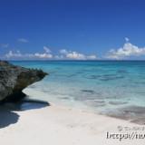 引き潮の時にできる小さな浜