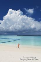 パイナガマビーチと入道雲