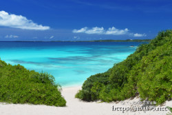 砂山ビーチの絶景ブルー