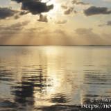 凪の海と天使のはしご
