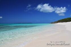 波音だけの静かなビーチ-長間浜-