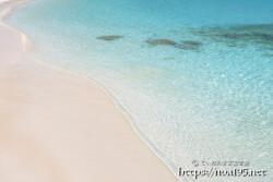 ロールする波と波紋-渡口の浜-